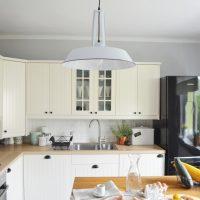 Lifting kuchni [ skandynawska lampa + miedziane dodatki ]