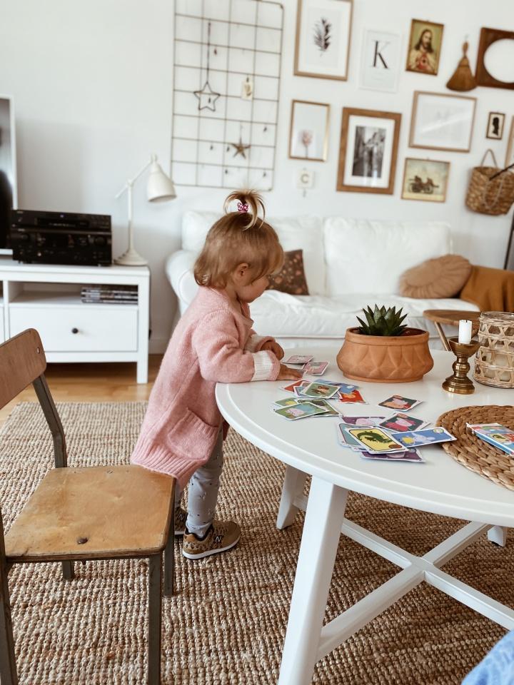 Czy warto posłać dziecko do żłobka? Moja refleksja po miesiącu naszego żłobkowego życia.